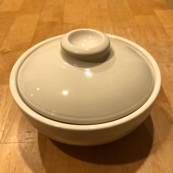 Pottery Barn Other - Like-New Pottery Barn SM Round Ceramic Bowl w/Lid